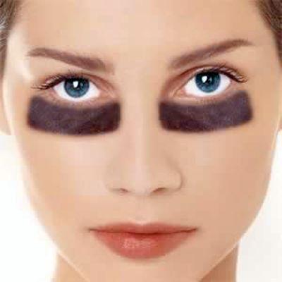 aceite esencial de hinojo para el contorno de ojos